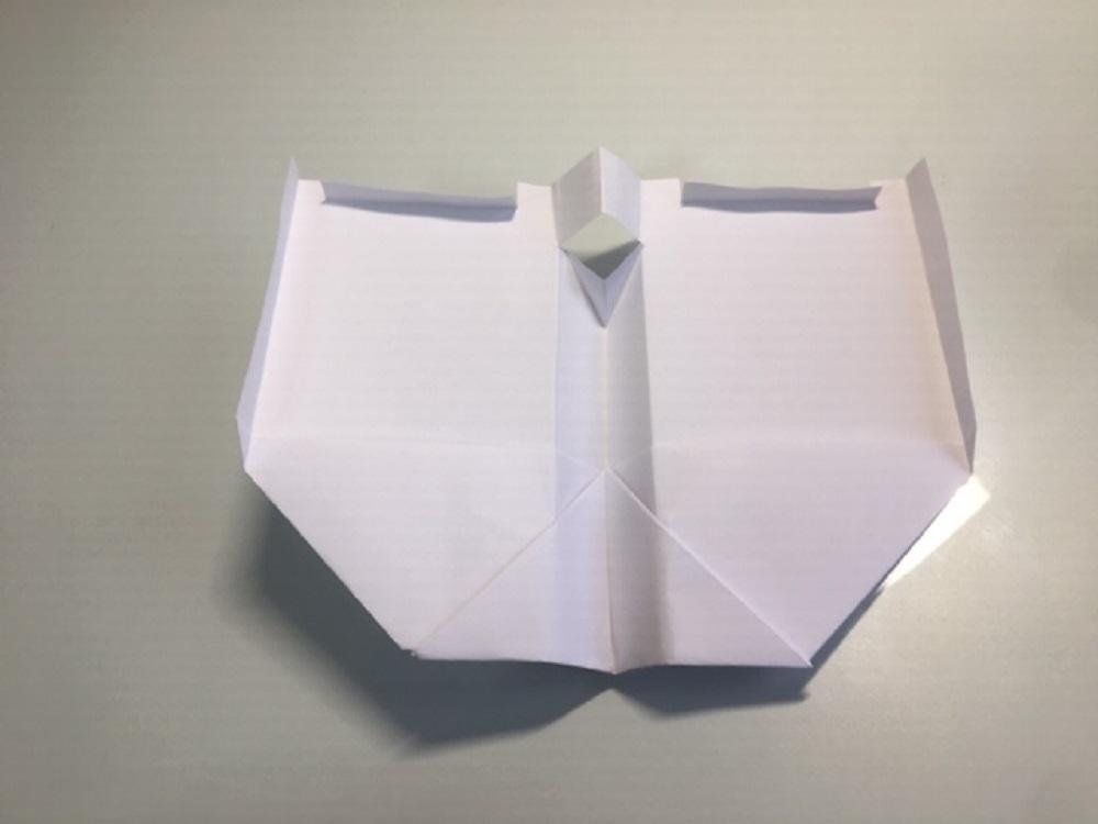 como hacer un avión de papel fácil que vuele mucho