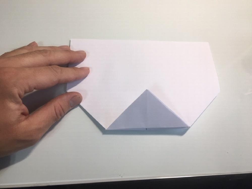 construir un avión de papel paso a paso