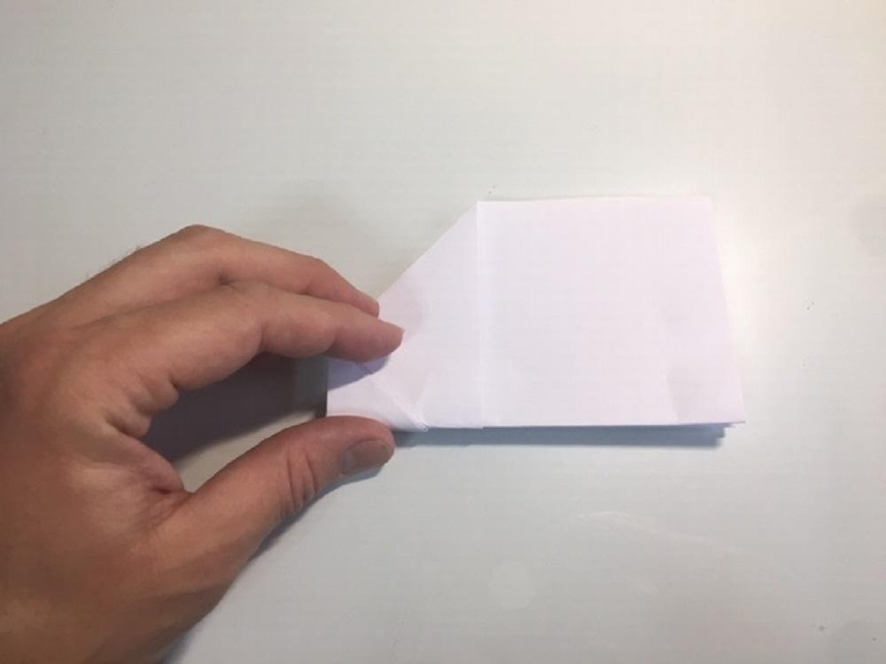 como hacer una avión de papel que vuele mucho fácil y sencillo paso a paso