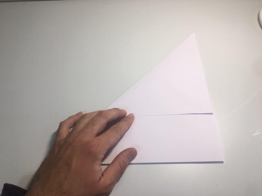 Hacer avión de papel fácil