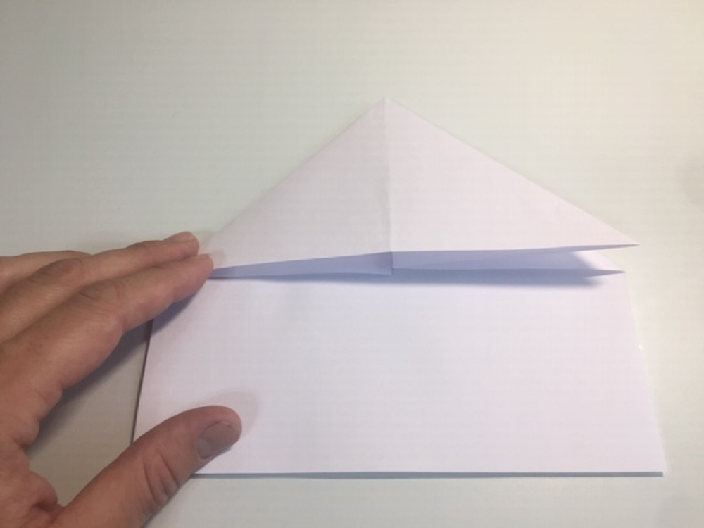 hacer avión de papel paso a paso