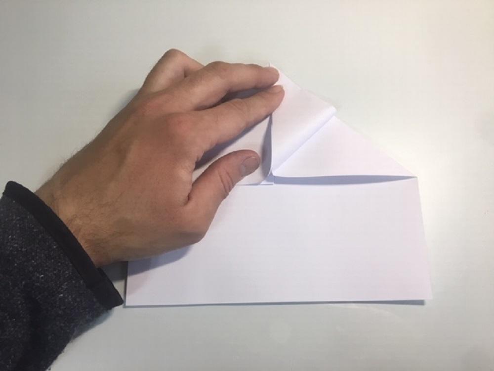 Como hacer un avión de papel normal planeador